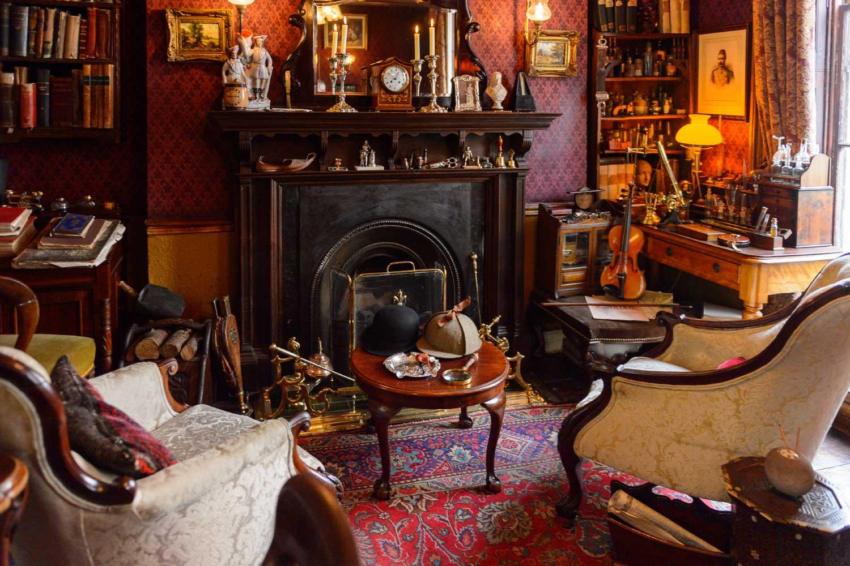 シャーロックホームズファン必見!ロンドンでシャーロックホームズに出会う旅